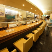 元祖ぶっちぎり寿司 魚心 三宮店の雰囲気2