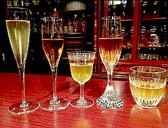 【ノンアルコールペアリング】お酒の飲めない方に喜んでいただいております。左側から、スパークリングジャスミンティー、紅茶(セイロンティー/ヌワラエリヤ)、水出し緑茶、水出しほうじ茶、ジャスミンティー