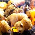 お席には七輪をご用意いたします。炭火で焼くから余分な油が落ちて、芳ばしくおいしい焼き上がりに♪