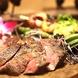 ダイナミックな炭焼きお料理と創作料理の数々!