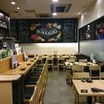 チョークアートと北海道産日本酒に囲まれた店内はとても綺麗でゆっくりとお食事をお楽しみいただけます!お席のみのご予約も承っております。お電話でご予約ください!※喫煙可(時間帯により禁煙)/ランチタイムは全席禁煙