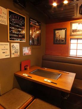 広島お好み 鉄板ベイビーの雰囲気1