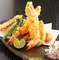 料理メニュー写真長崎産車海老と旬菜の天ぷら