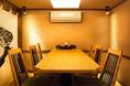 6名様用テーブルが2つ並ぶ半個室のお席はプライベート感抜群です♪4名様から12名様まで対応可能!
