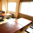 最大30名様までの個室。人数に合わせてお部屋を仕切ることも可能です。