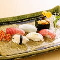 料理メニュー写真季節の握り寿司盛合せ(6貫)