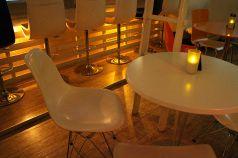 円形テーブル ホワイト
