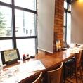 【カップルに人気のカウンター席】札幌の夜を楽しむそんなひと時を大事な人と・・・そんな御要望にもお応えできます。窓向きのカウンター席で二人の空間をご提供♪北海道を楽しむお料理でぜひ札幌の夜をご堪能ください。