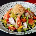 料理メニュー写真旬野菜と鮮魚の和風サラダ