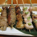 料理メニュー写真おまかせ串盛り五本(たれまたは塩)