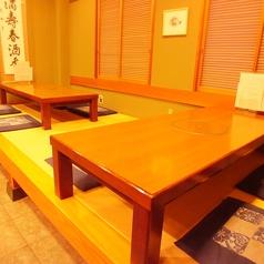 1階のお座敷は2席あり、最大12名様まで収容可能です。