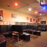 広々としたソファ席♪団体様も受け付け可能です。会社宴会や友人との飲み会、女子会にも最適♪ごゆっくりおくつろぎください。