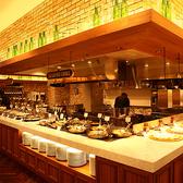 シーズンズ ビュッフェレストラン 三井アウトレットパーク札幌北広島店の雰囲気2