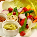 料理メニュー写真新鮮野菜のバーニャカウダ