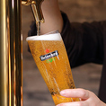【樽生】《ハイネケン》大大大人気のオランダビール、ハイネケン!人気の理由は日本人の口に合ったその味わい。まろやかな口当たりとさっぱりとしたのど越し、飲み飽きしない旨さ。お食事との相性も良く、何杯でも飲めちゃうビールです。