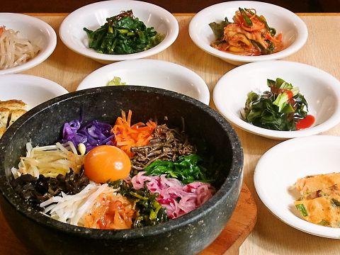 付け合せの種類にビックリ!韓国料理なら迷わず「高麗」へ