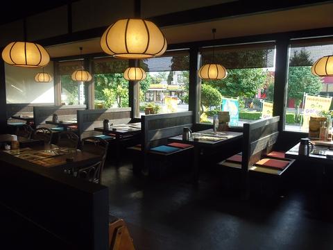 岡山の「手延べうどん」使用。創作メニューで新たな美味しさが低価格で味わえる。