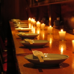 カウンター席は気の知れた友人とのご利用や、カップルの方にも人気のお席。