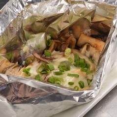 サーモンとエリンギの味噌マヨホイル焼き