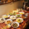 ランチにはサラダビュッフェが付いています♪サラダ10種以上、スープ・ソフトドリンクも飲み放題☆コスパ抜群です!