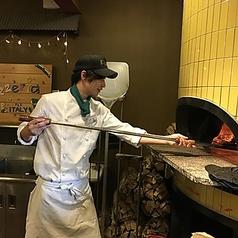 焼きたての窯焼きPizzaをご堪能ください!