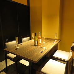 4人で可能個室席。会社宴会など様々なシーンに。