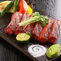 料理メニュー写真A5佐賀黒毛和牛のステーキ旬菜添え