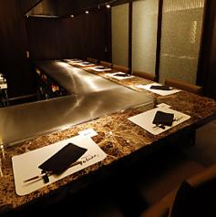 目の前の鉄板で舞う高級食材がどんな逸品へ姿を変えるのか…想像を膨らませるのも愉しみのひとつです。