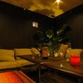半個室ソファー席。女子会や誕生日会・歓送迎会など各種宴会に最適の個室空間となっております♪