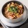 料理メニュー写真韓国風豚キムチの釜めし