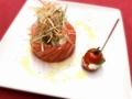 料理メニュー写真京丹波・杉山牧場(ミルクファームすぎやま)のモッツアレラチーズとアボカド、賀茂トマトのカプレーゼ
