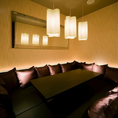 【掘りごたつ個室◆6~8名様まで】クッションがありフラットのシート席は合コンに人気