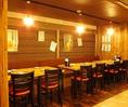 12名様用のテーブル席。テーブルの間隔はお客様のお好みにご自由にセッティングさせていただきます。11名様でも対応します。