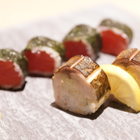 漬けマグロ中太巻き/炙り鯖鮨