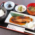 料理メニュー写真目鯛の照り焼定食
