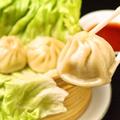 料理メニュー写真上海小籠包、えび餃子、ごま団子