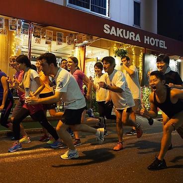 サクラカフェ SAKURA CAFE &ダイニング 神保町の雰囲気1