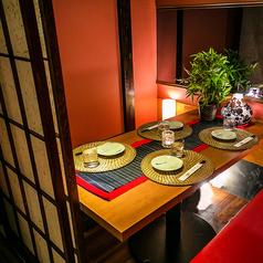 新宿での落ち着いたデートにもオススメ♪大切なお時間をオシャレにしたいのであれば当店にお任せください♪扉付きの完全個室空間となっておりますので、プライベートな時間をお過ごし頂けます!当日予約もOK!
