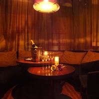 エキゾチックな人気のカーテン個室!