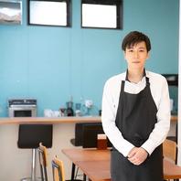 菅原 栞人(スガワラ カント)カフェスタッフ&学習塾長