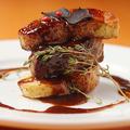 料理メニュー写真名物!牛肉とフォアグラ、トリュフのロッシーニ