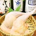 八風では、提供する料理が「安心」「安全」であることを第一に、食材は国産にこだわって仕入れています。名物である地鶏も九州産にこだわっております。