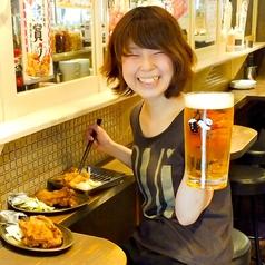 カウンター席がオススメ!からあげ×生ビールの組み合わせは鉄板!(金山/バル/居酒屋)