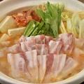 料理メニュー写真豚チゲ鍋(辛)