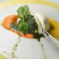 料理メニュー写真プレミアムモッツァレラ クリーミーブッラータチーズ