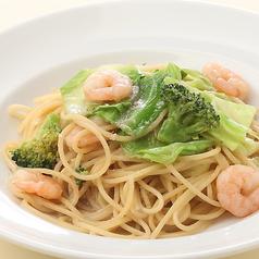 料理メニュー写真海老とキャベツのアンチョビソーススパゲッティ