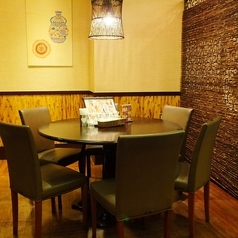 """中華料理は一般的に""""健康は食にあり""""と言われ、特に素材や栄養を考えた料理です。 食通天では、本格的な中華料理から中国の家庭の味(家常料理)まで、バラエティに富んだメニューをお届けします。ランチも営業中★ 西武池袋線ひばりが丘駅前パルコ5階★"""