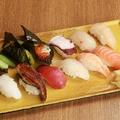 料理メニュー写真寿司盛り合わせ 竹(12貫)