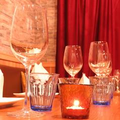 国内取り扱い数最多のインドワインを、グラスで楽しむのもおすすめ♪
