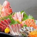 料理メニュー写真本日のお刺身盛り合わせ5種